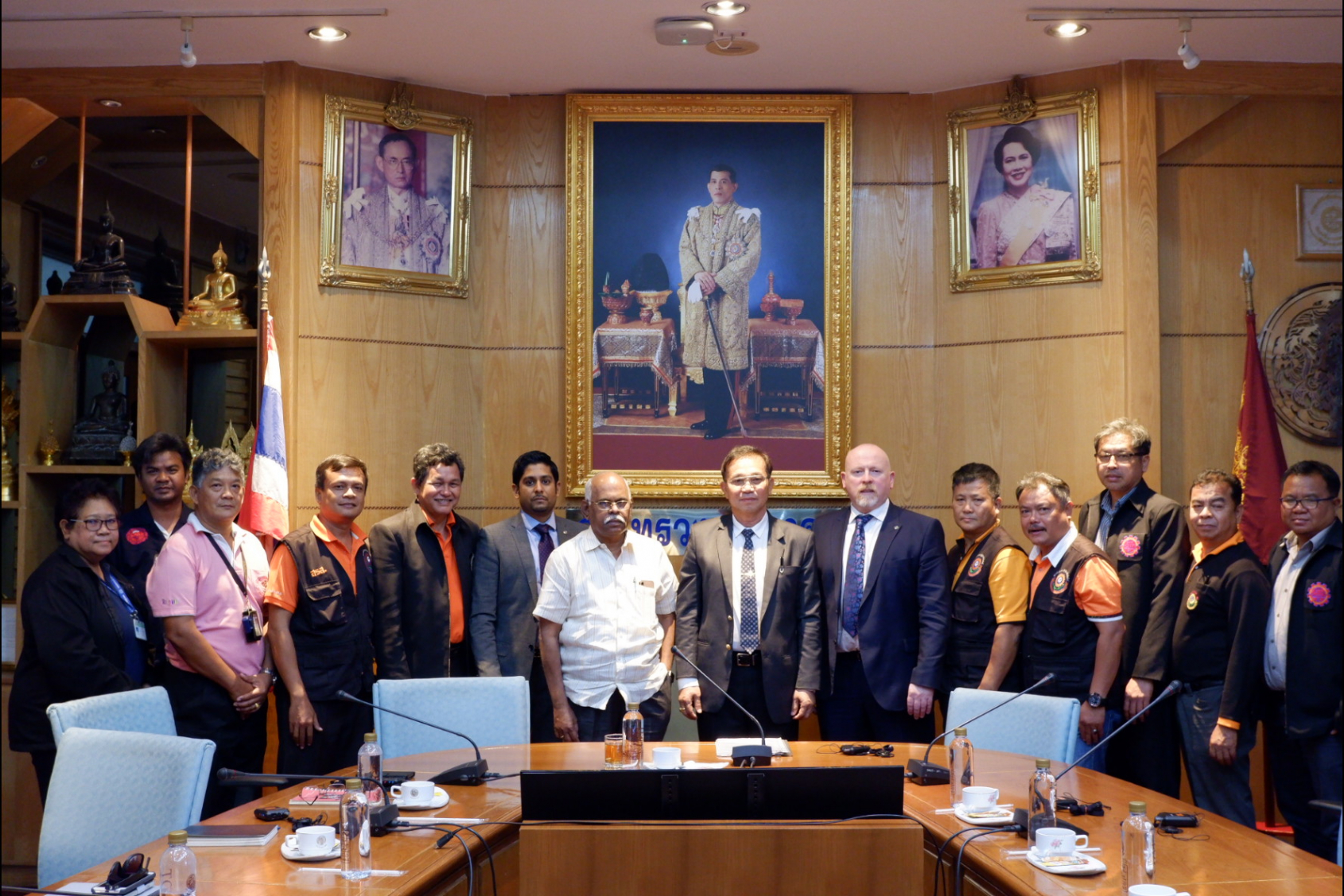 ITF delegation with Mr.Kritthep Simlee, Deputy Permanent Secretary, Transport Ministry