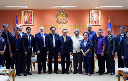 The ITF delegation meeting labour minister Adul Saengsingkaew